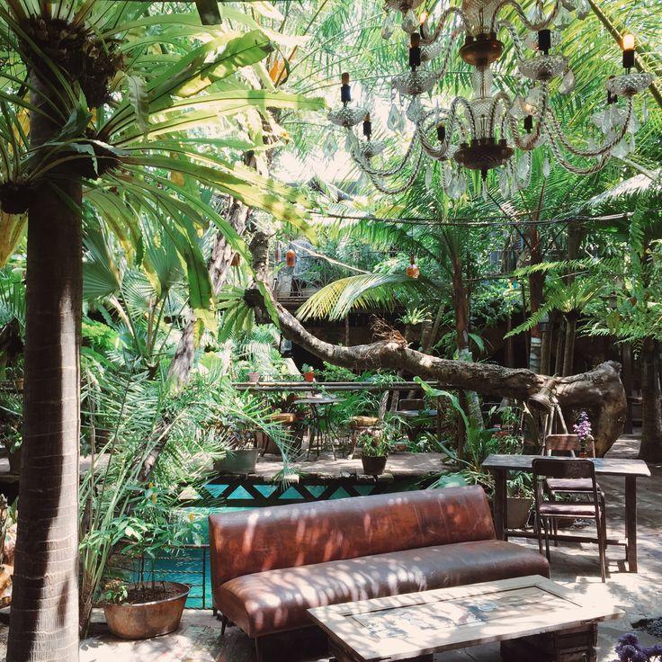Unique Restaurants in Bali - La Favela 4