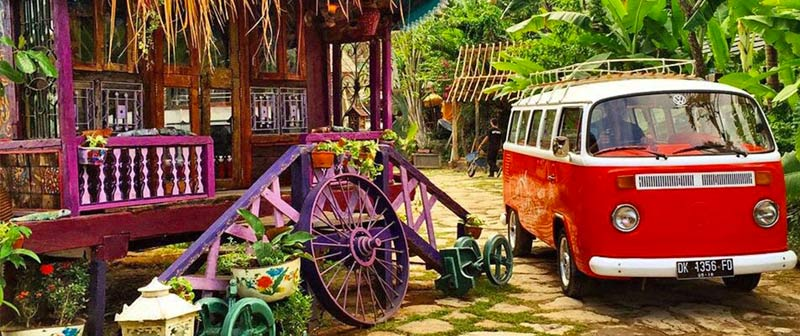 Unique Restaurants in Bali - La Laguna