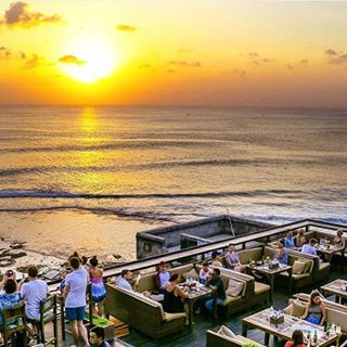 Unique Restaurants in Bali - Single Fin 2