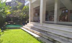 Jimbaran house for rent