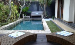 weekly villa rental in Seminyak-BBH46094-01