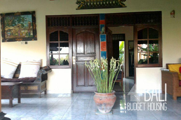Mengwi house for rent