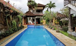 house for rent in Seminyak